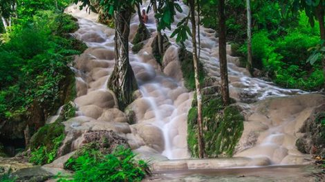 Bua Thong Waterfalls (sticky Waterfalls)
