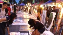 chiang mai walking night market