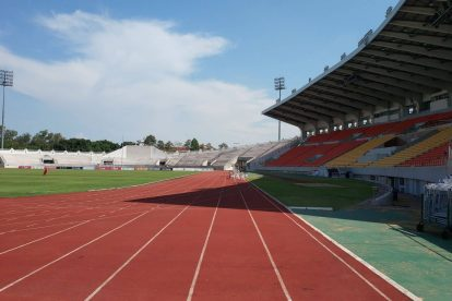 700 year stadium chiang mai-05