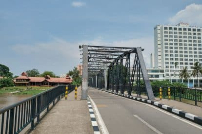 Iron Bridge chiang mai 02