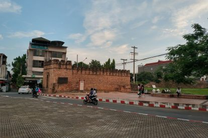 chang phuak gate 04